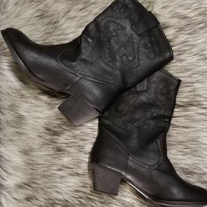 Boots | Botas